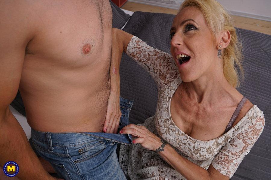 Yelena Vera Horny Milf Blonde Stripping Alone Porn300 1
